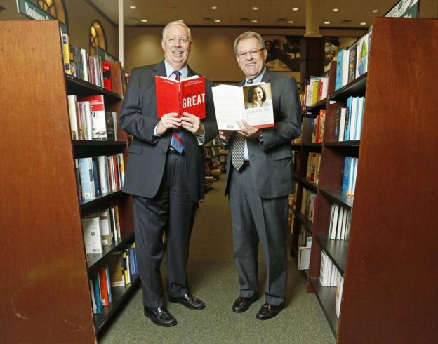Rose Baca/Staff Photographer For 17 years, Karl Krayer (left) and Randy Mayeux have hosted monthly sessions in which each gives a 15-minute summation of a business title that's creating buzz. (Thanks ot Barnes & Noble, Lincoln Park - they let us take the picture in their store)